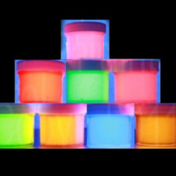 1oz Visible UV Reactive Neon Acrylic Paint, ideal for Crafting, Posters, Cards, Jewellery, Walls, Ceilings