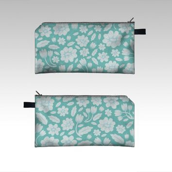 Blue Floral by Ornaart (Pencil case)