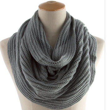 Scarf for Men Hand Knit Scarf Unisex Gray Scarf  Trending Items Gifts for Boyfriend   - By PIYOYO