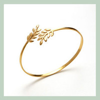 Eddera / Paris: Olive Tree Cuff