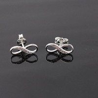 Infinite stud earrings, in silver | girlsluv.it