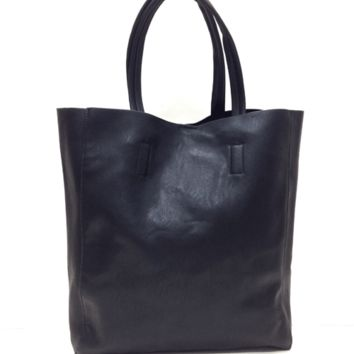 """Collect a world full of goodies with the Quick Knick Knack Leatherette Totebag. Featuring soft leatherette main, totebag design, detachable wallet pouch design with zipper closure, shoulder strap with a 8.5"""" drop, and finish with snap button closure. Unlin"""