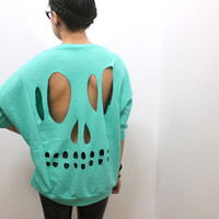 Mint Skull Cut-Out Sweatshirt - L