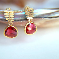 Fuchsia crystal Earrings:Gold plated brass earring hooks with fuchsia  crystal, gold plated leaf studs earring, wedding, bridesmaid