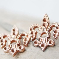 Summ Fleur De Lis Earrings, Vintage.. on Luulla