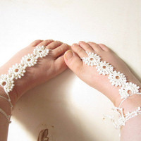 Cream  lace barefoot sandal . wedding,victorian lace, sexy, yoga,barefoot thongs,anklet beach ,beach wedding