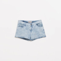 Denim shorts with patch