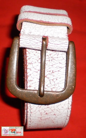 cracked leather vintage white/red unisex rock n roll belt