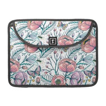 Vintage Rose Flowers Pattern MacBook Pro Sleeve