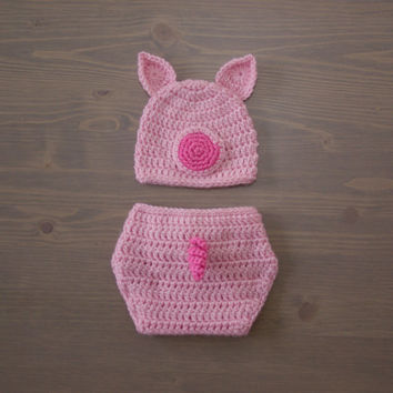 Crochet Pig Hat and Diaper Cover Set, Crocheted Baby Hat, Crochet Baby Hat, Crochet Set, Baby Shower Gift, Newborn Photography Prop, Pink