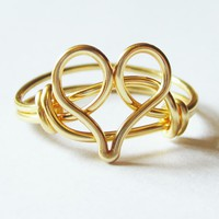 Gold Heart Ring on Luulla