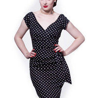 Bombshell Dress in Polka dot