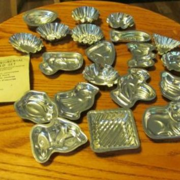 VINTAGE HIRCO 20 PIECE CONTINENTAL COOKIE, CHOCOLATE & CANDY MOLD SET mint