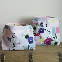 Bottle Garden wash bag - large