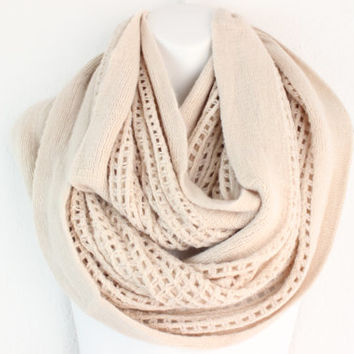Women Chunky Knit Scarf OAT knitted Infinity scarf Cozy Snood or Cowl Fall infinity scarf Open Knit Infinity Scarf