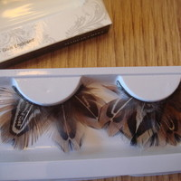 Feather False Eyelashes Brown and White