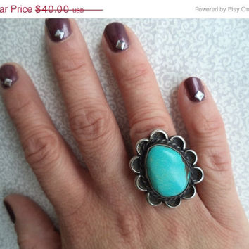 ON SALE Turquoise flower ring/ vintage native american style silver and turquoise ring size 5.25 / boho bohemian hippie jewelry