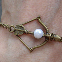 The Hunger Games pendant ,Inspired Mockingjay peeta's pearl Bracelet