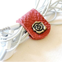 Customized Leather Earpiece Organizer - Rose