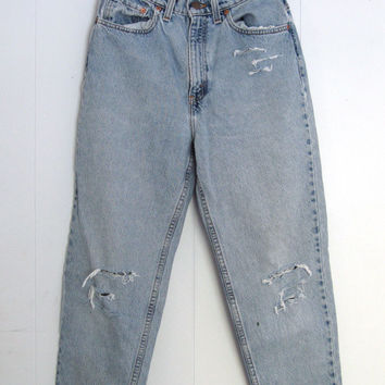 "Vtg 521 Light Wash Levi's High Waisted Jeans 8 Tapered Leg Distressed 27""x27.5"""