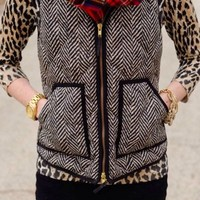 Alpine Escape Vest: Black - Lavish Boutique