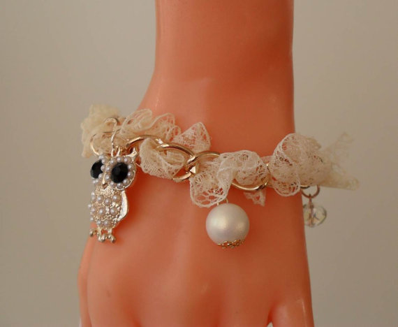 Ivory Bracelet with Pearl Beads and Owl Item