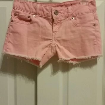 Peach stretch shorts