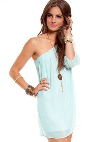 One Hit One-der Dress in Minty Blue :: tobi