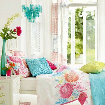 cheerful bedroom