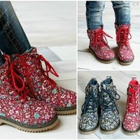 Toddler Girls & Kid Girls Floral Combat Boots!