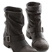 Effortless Edge Boot | Mod Retro Vintage Boots | ModCloth.com