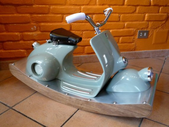 Rocking italian scooter deluxe
