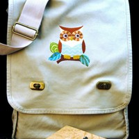 Whooooooo Are You Messenger Bag