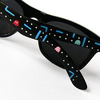 Sunglasses - Custom Wayfarer style sunglasses Pacman unique hand painted Pac-man