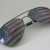 Vintage Deadstock AMERICAN FLAG USA Aviator Sunglasses with Charcol Frames