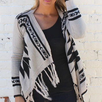 Aztec Print and Fringe Cardigan Sweater - Ivory/Black – H.C.B.