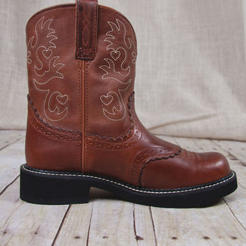 Ariat® Womens Fatbaby Saddle