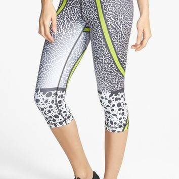 Nike 'Pro - Core Safari' Dri-FIT Capris