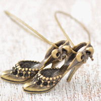 Shoe Earring - high heel earring, antique brass shoe earring, sandle earring, gold shoes, metal shoe earring