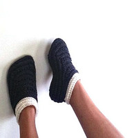 Crochet Moccasin slippers for women, Crochet slipper boots, Women's house shoes