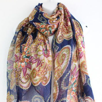 Paisley Infinity scarf, Boho scarf, Fall Scarf, Aztec scarf, Light weight, Scarves, Oblong Scarf, Infinity scarves, Navy scarfs, Paisley