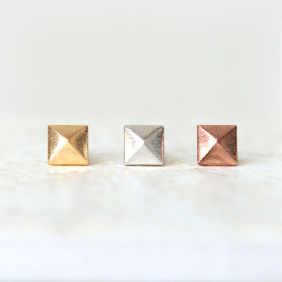 Tiny Square Pyramid earrings / choose your color / gold, silver and pink gold