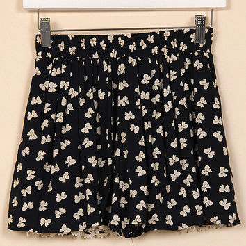 Bow Lace Bottom Shorts