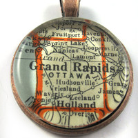 Grand Rapids, Michigan, Pendant from Vintage Map, in Glass Tile Circle