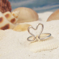 Heart Toe Ring - Gold or Silver Colored Wire, Adjustable