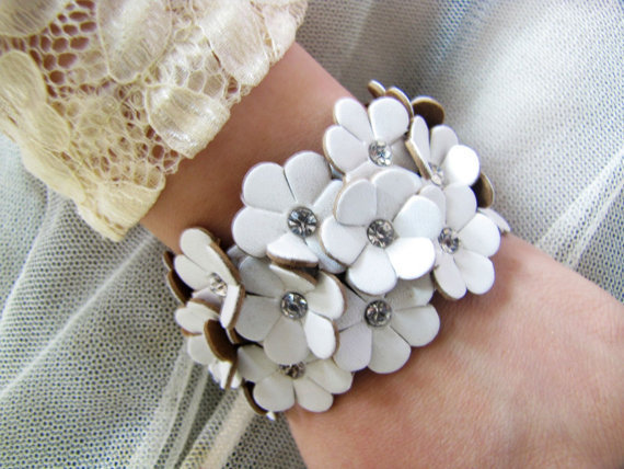 women jewelry bangle white leather with flowers leather bracelet cuff wristband bracelet 370A