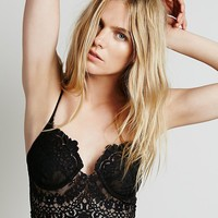 Skivvies by For Love & Lemons Womens She's a Knockout Bra