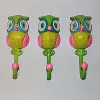 Wall Hook /Colorful Owl Hanger /Aqua, Pink, Green,Yellow, Bright Painted Metal /Key Holder /Bathroom Fixture /Mud Room Rack /Whimsy Nursery