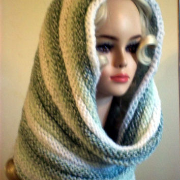 Knit Cowl Scarf Round Oversized Green White