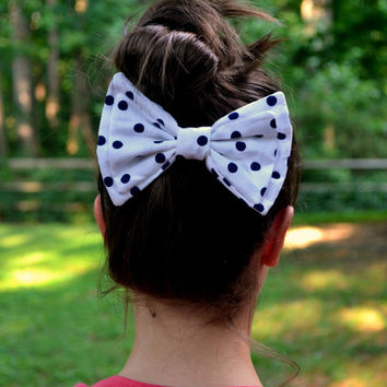Polka dot cotton bow